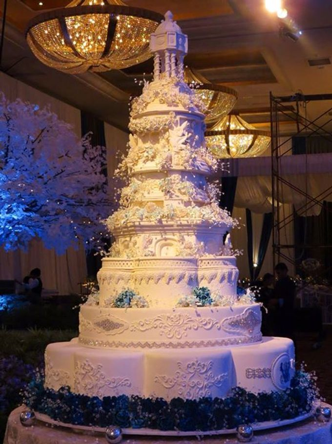 7 tiers Wedding Cake by LeNovelle Cake - 014