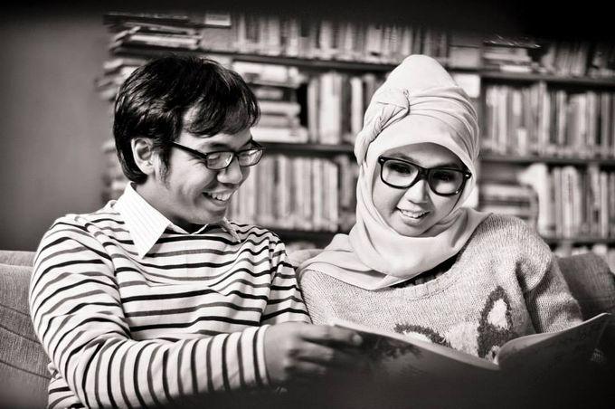 Prismita Nursetyowati and Ditto Narapratama Prewedding by StudioGeest - 006