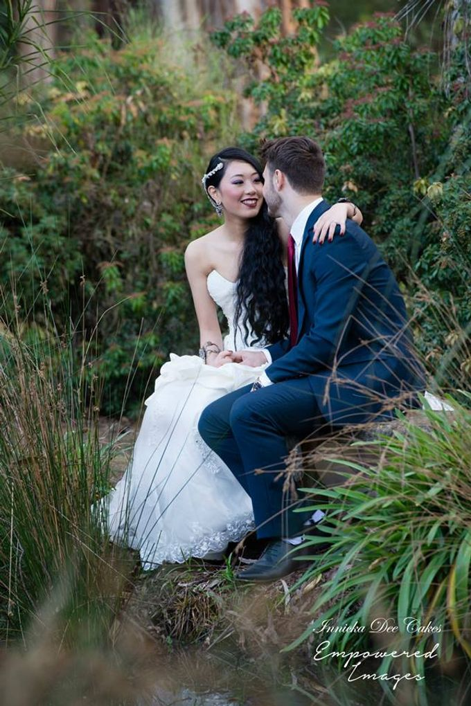 Bridal Photoshoot in the Dandenong Mountans by Innicka Dee Cakes - 001