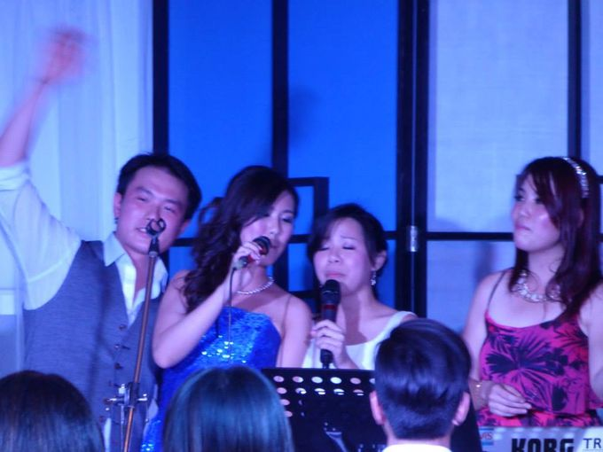 ShiLi & Adi feat John Lye (4-piece band) at Rasa Sayang Shangrila in Penang by Merry Bees Live Music - 003