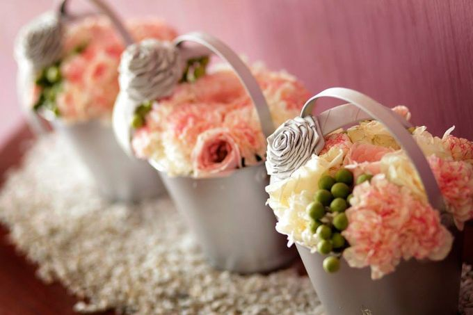 Peach and Silver Pastel Wedding by Marga Florist - 002