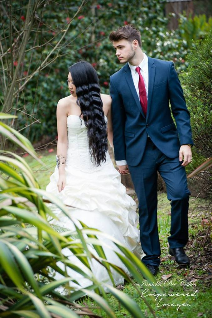 Bridal Photoshoot in the Dandenong Mountans by Innicka Dee Cakes - 003