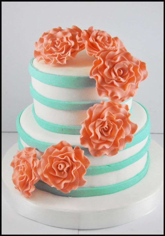 Wedding Cakes by The Cupcake Theory - 009