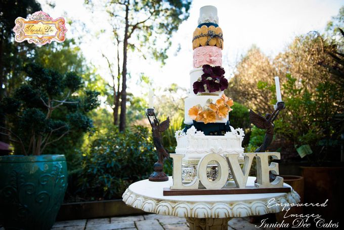 Bridal Photoshoot in the Dandenong Mountans by Innicka Dee Cakes - 007