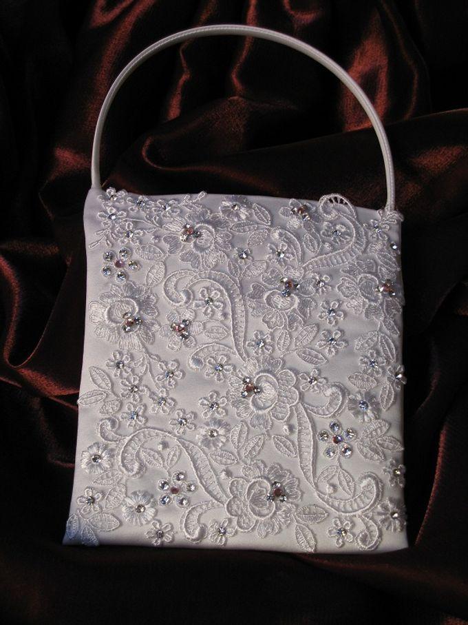 BRIDAL CLUTCHES by Pamela Falli - 020