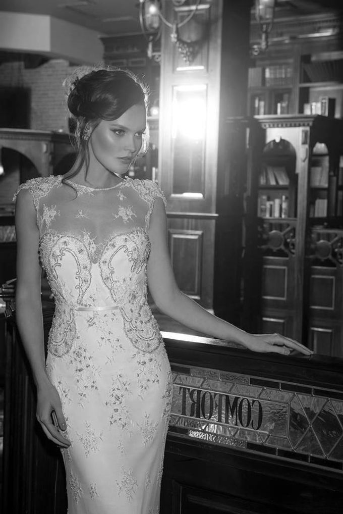 The quintessential Bridal Gown by Vered Vaknin - 008