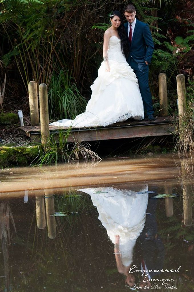 Bridal Photoshoot in the Dandenong Mountans by Innicka Dee Cakes - 018