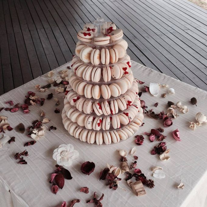 Dessert Table by Amore Macarons - 013