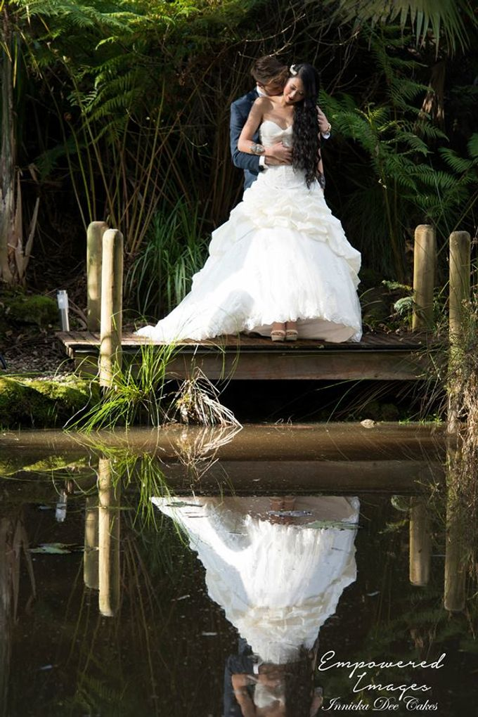 Bridal Photoshoot in the Dandenong Mountans by Innicka Dee Cakes - 025