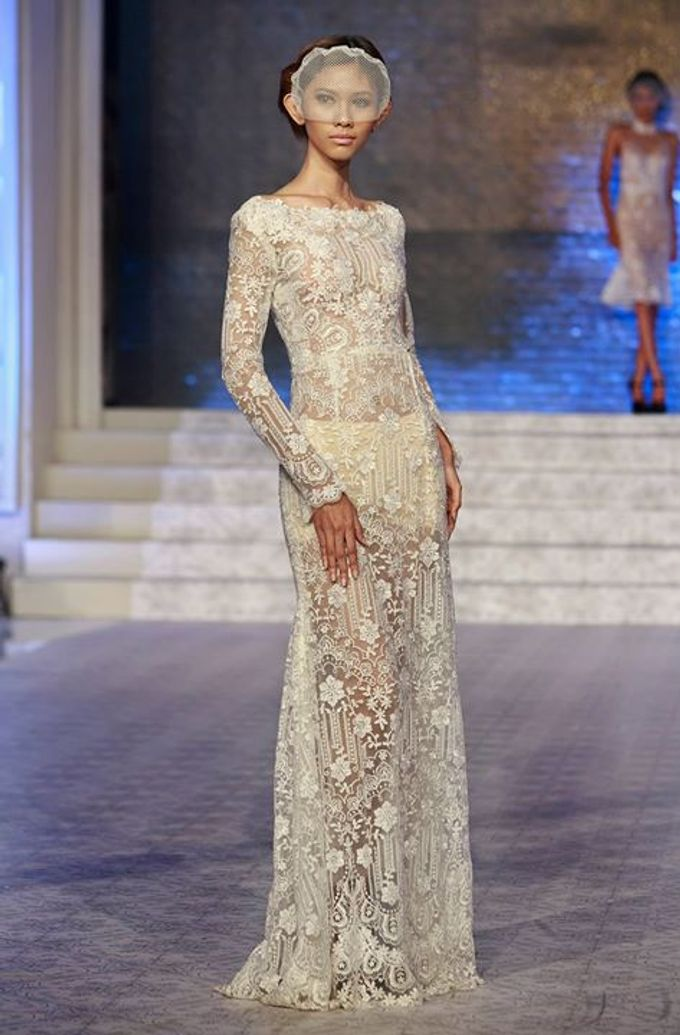 Catalyst from FLESH TO DUST Bridal Spring Summer 2015 - Runway Photo by Bramanta Wijaya Sposa - 005