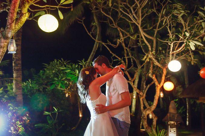 Dreamy Beach and Garden Wedding by D'studio Photography Bali - 013