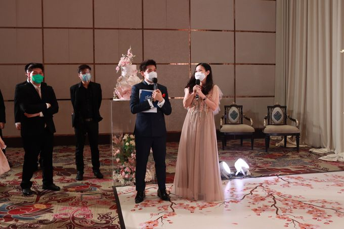 MC Teapai and New Normal Intimate Wedding Fairmont Hotel Jakarta - Anthony Stevven by Anthony Stevven - 024