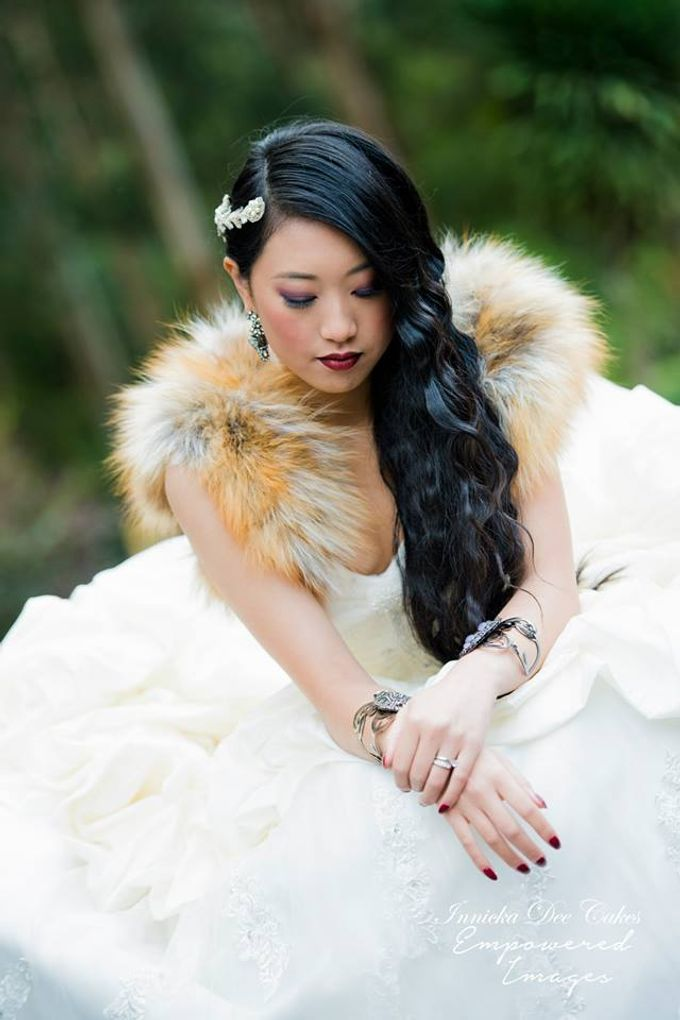 Bridal Photoshoot in the Dandenong Mountans by Innicka Dee Cakes - 028