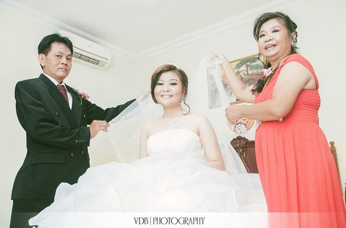 [Wedding Day] Agung & Virgin by VDB Photography - 013