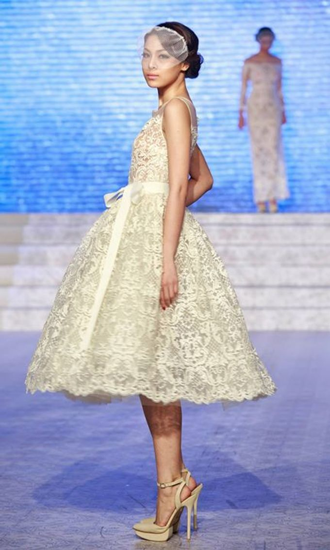Catalyst from FLESH TO DUST Bridal Spring Summer 2015 - Runway Photo by Bramanta Wijaya Sposa - 014
