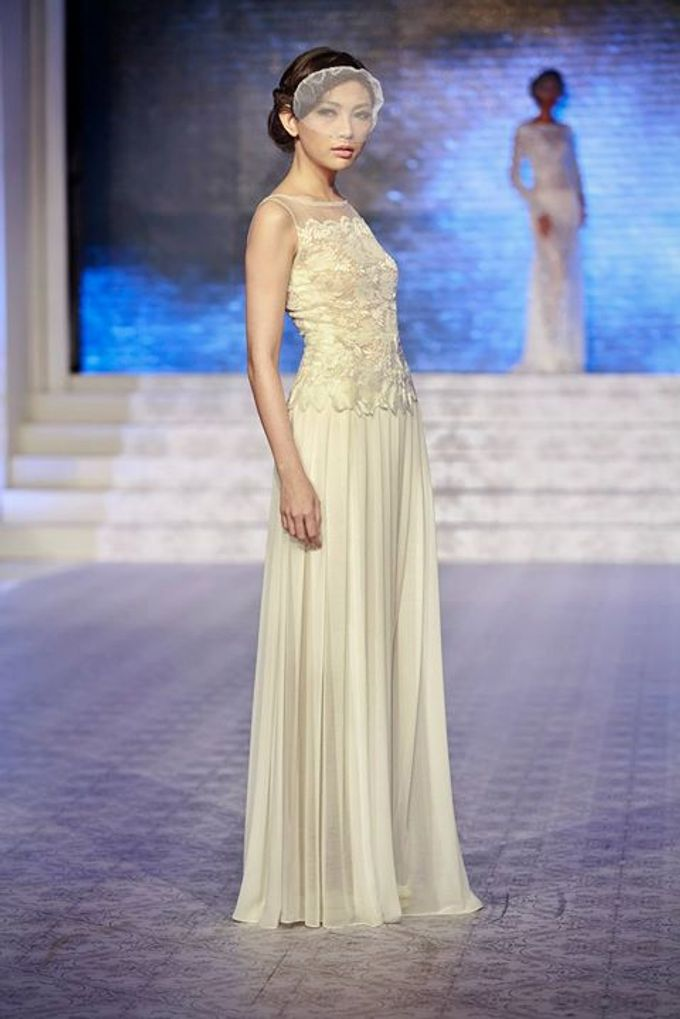 Catalyst from FLESH TO DUST Bridal Spring Summer 2015 - Runway Photo by Bramanta Wijaya Sposa - 003