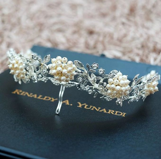 CROWN by Rinaldy A Yunardi available for RENT by LAMIIK BRIDAL - 004