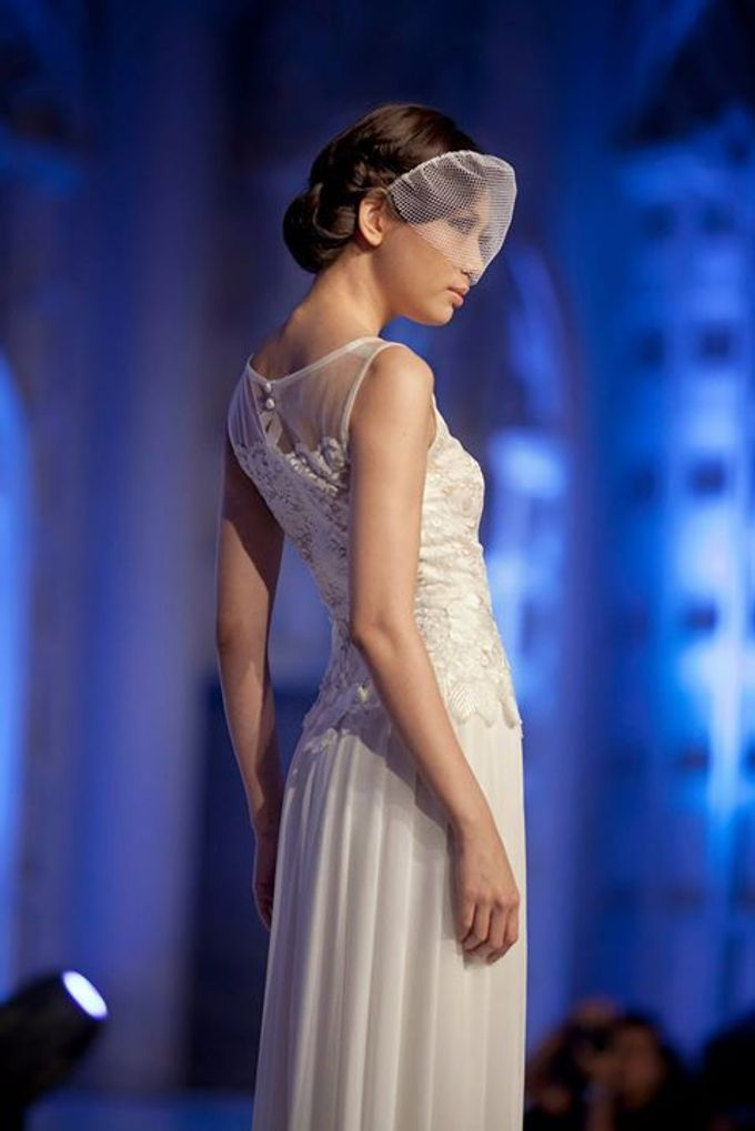 Catalyst from FLESH TO DUST Bridal Spring Summer 2015 - Runway Photo by Bramanta Wijaya Sposa - 004