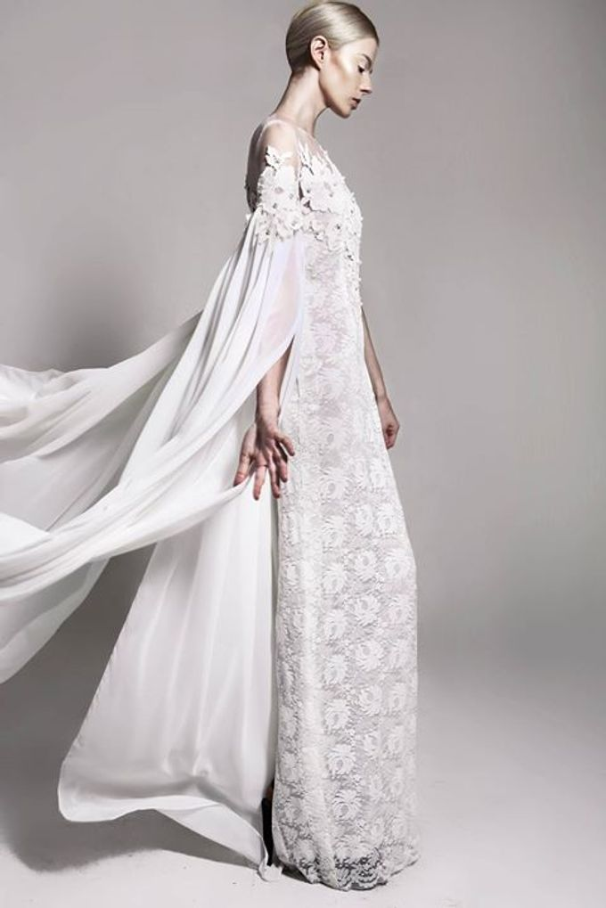 Flesh to Dust Spring Summer 2015 RTW and Bridal by Bramanta Wijaya Sposa - 011