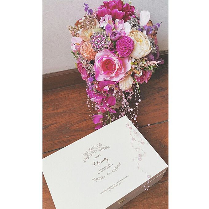 WHIMSICAL WEDDING BOUQUET by LUX floral design - 009