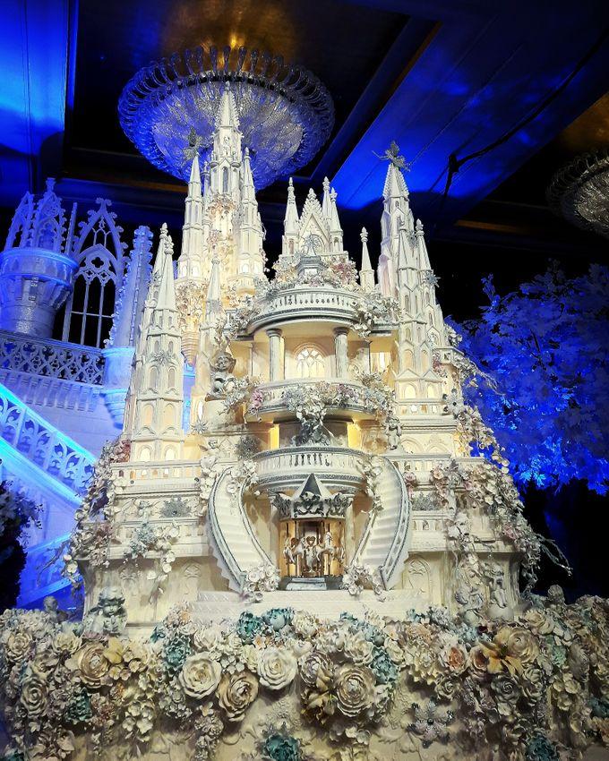 Masterpiece and Signature Wedding Cakes by LeNovelle Cake - 026