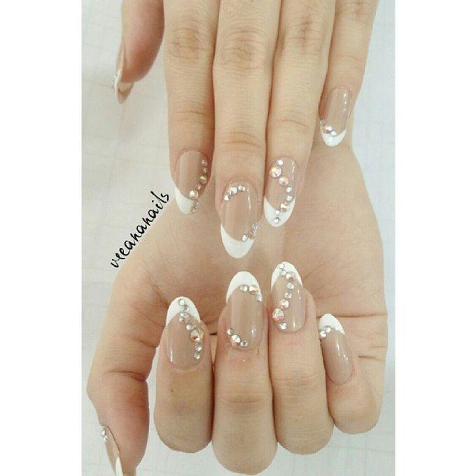 custom wedding nails by Veeana Nails - 003