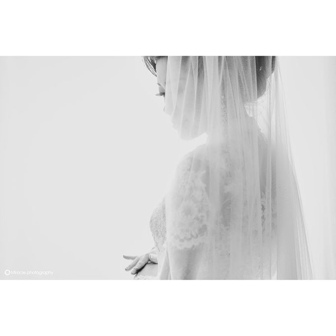 Agust + Valent wedding day by Miracle Photography - 001