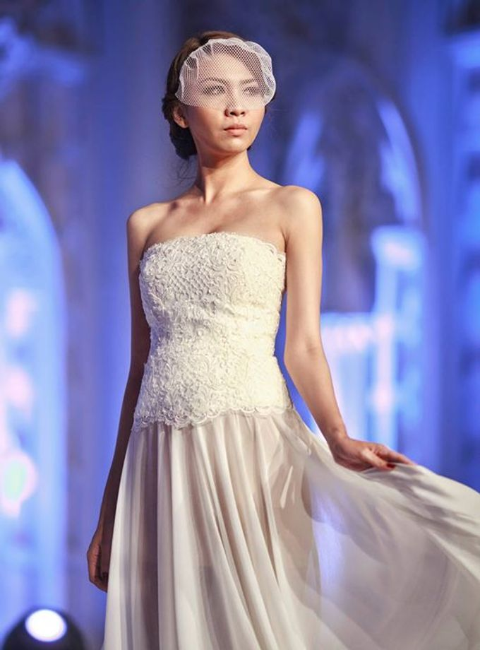 Catalyst from FLESH TO DUST Bridal Spring Summer 2015 - Runway Photo by Bramanta Wijaya Sposa - 018