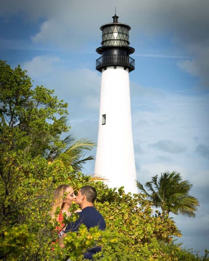 Engagement Photography in Florida by Couture Bridal Photography - 023