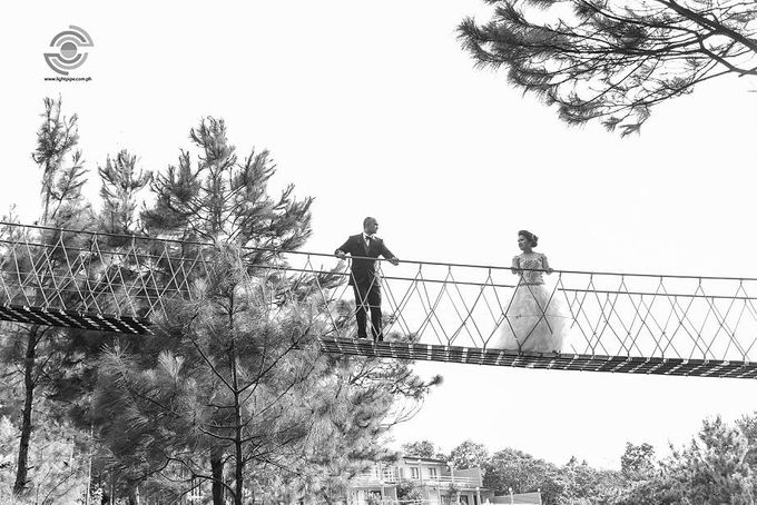 Mark & Kat Wedding by Lightpipe Photography - 014