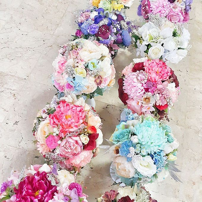 WHIMSICAL WEDDING BOUQUET by LUX floral design - 004