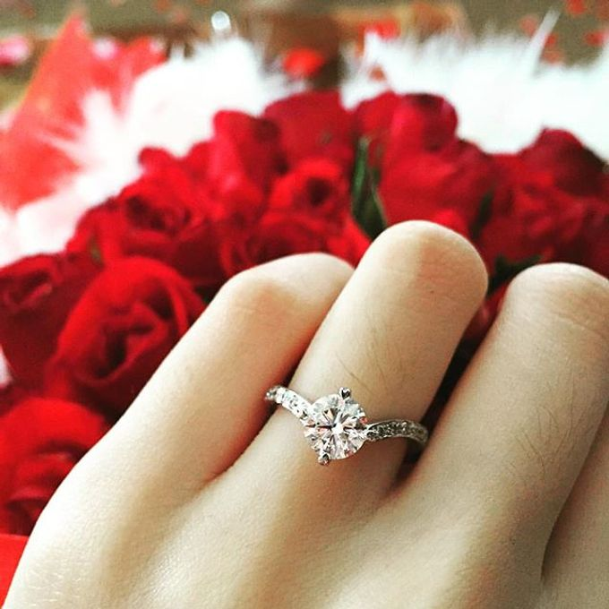 Engagement Rings by CW Jewels - 025