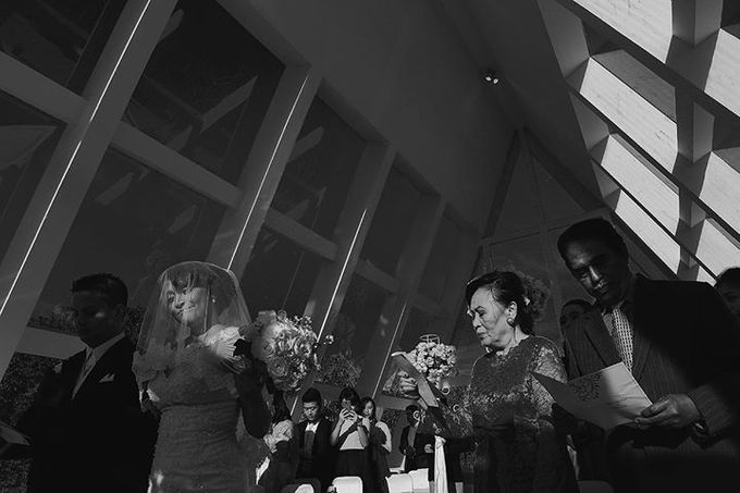 BANDUNG   Real Wedding   Olivia Latuputty + Matias Ibo   by YSD by YSD Photography - 029