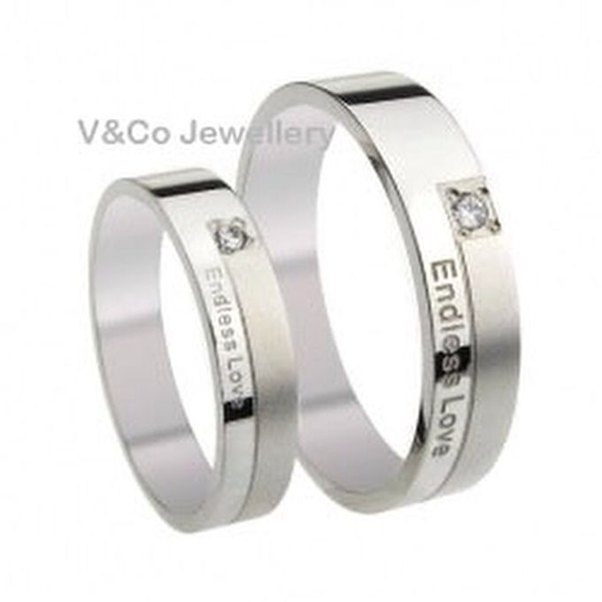 wedding ring engrave & finger print d'sign by V&Co Jewellery - 021