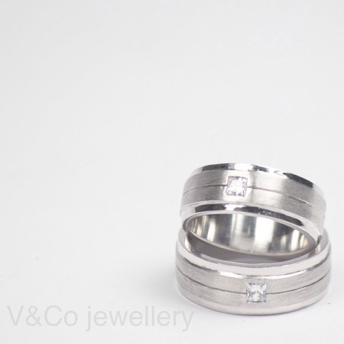 wedding ring simple Design by V&Co Jewellery - 030