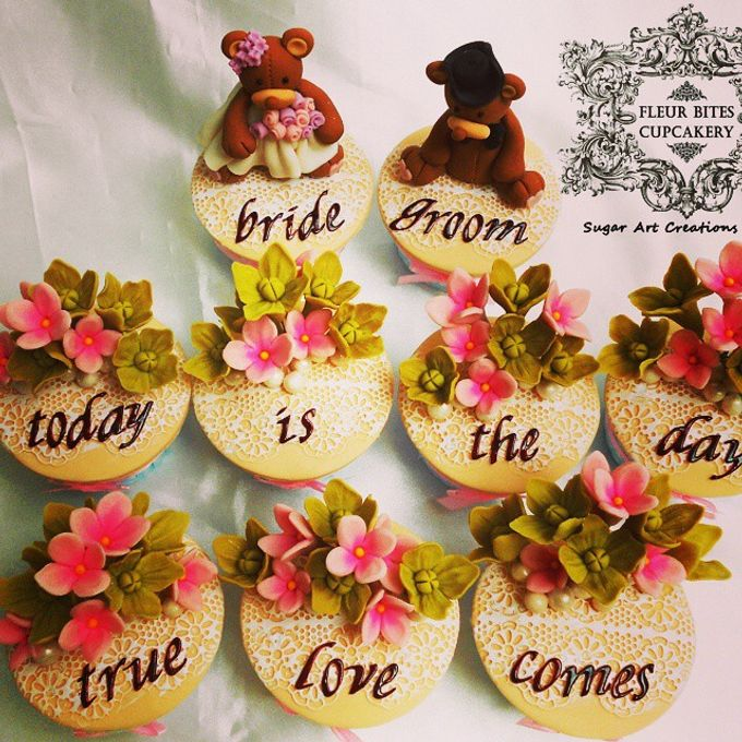Engagements & Wedding Cakes by Fleur Bites Cupcakery - 016