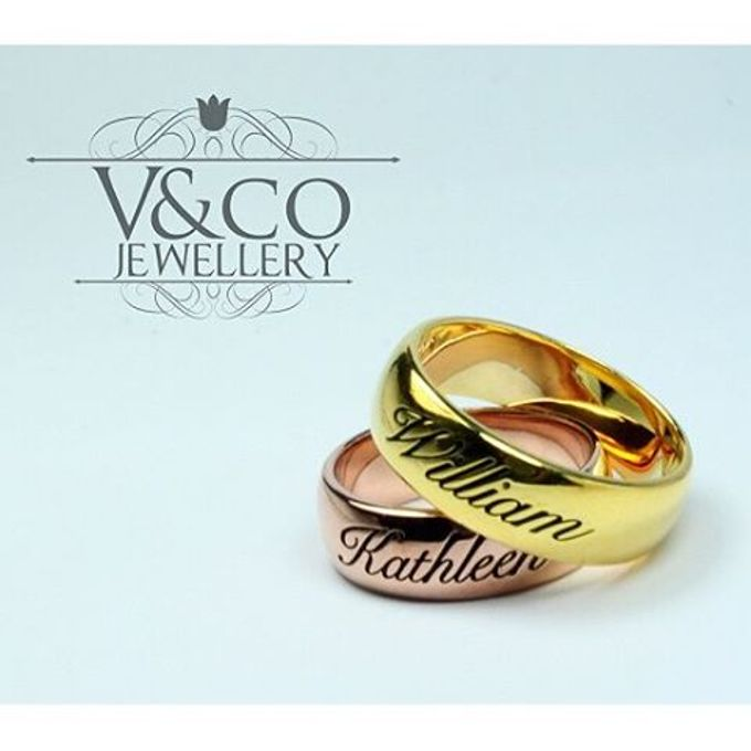 wedding ring engrave & finger print d'sign by V&Co Jewellery - 011