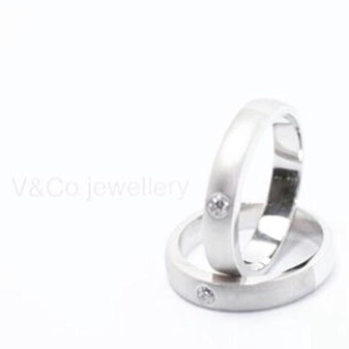 wedding ring simple Design by V&Co Jewellery - 023