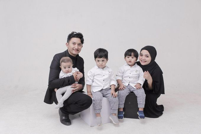 Family Photoshoot by Sabi Photography - 003