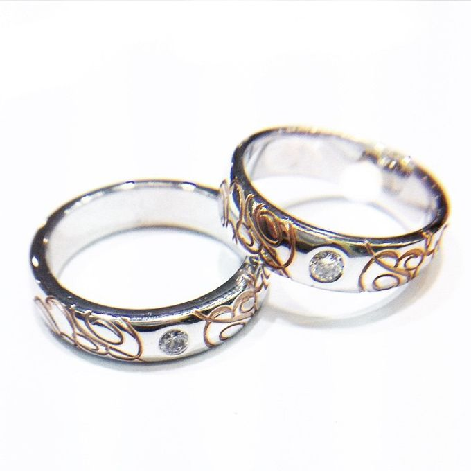 wedding ring engrave & finger print d'sign by V&Co Jewellery - 014