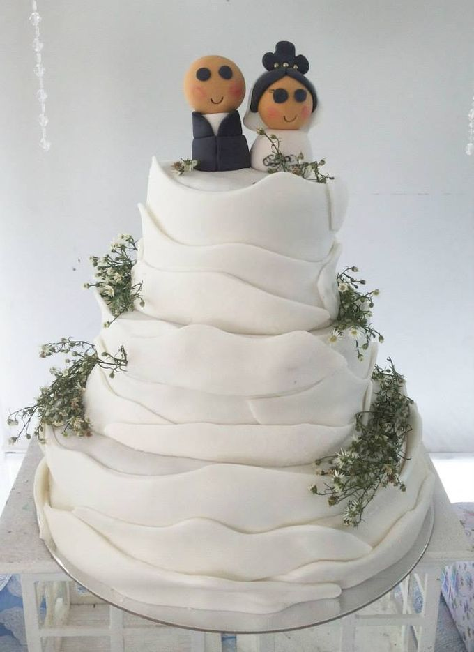 Wedding Cakes by The Cupcake Theory - 010