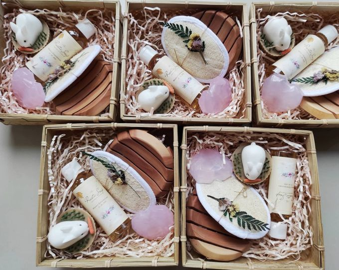 Rustic Hampers With Besek Sokase by The Rustic Soap - 004