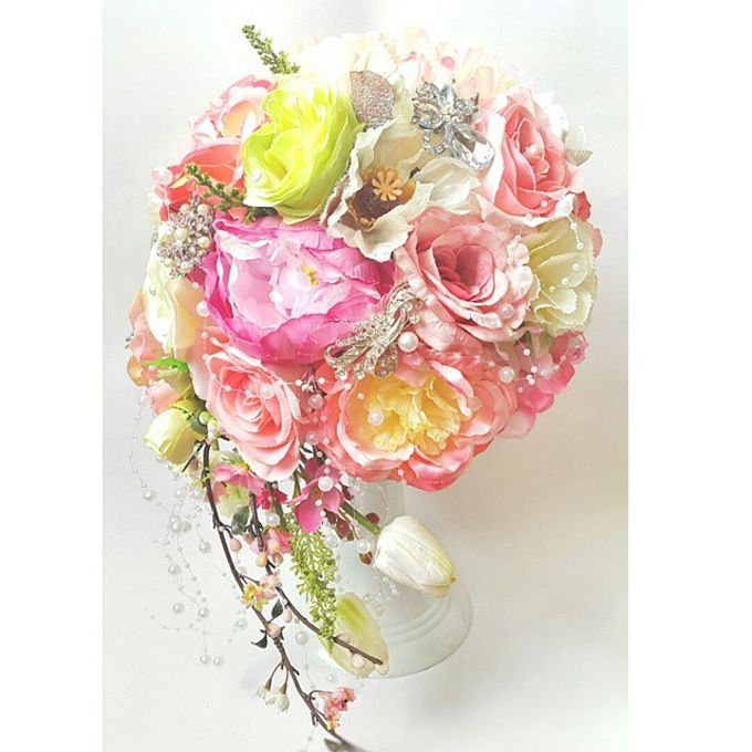 WHIMSICAL WEDDING BOUQUET by LUX floral design - 007