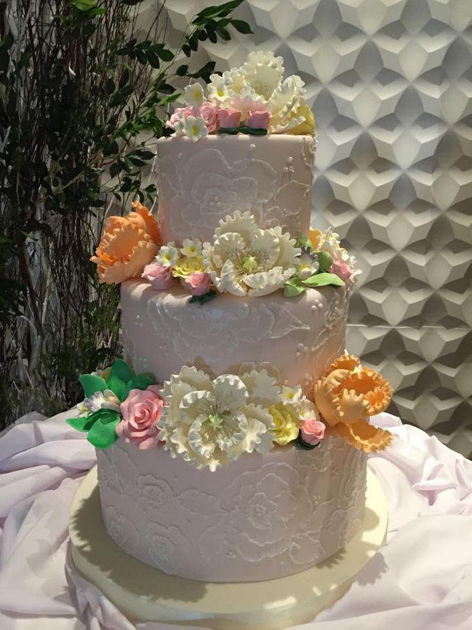 Wedding Cakes by Cupkeyk N Art - 010