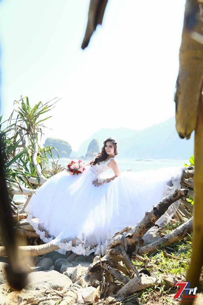 Nik Bridal by 7 Arts Studio Bali - 013