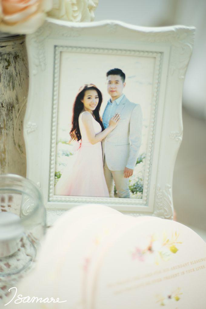 Gunawan & Melisa - Timeless Blush & Gold Wedding by isamare - 010