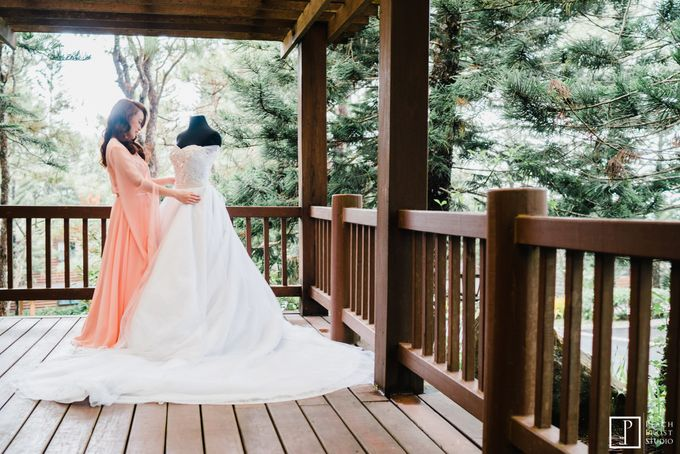 Tina & Niel's Peach Themed Intimtate Wedding in Tagaytay Highlands by Peach Frost Studio - 009