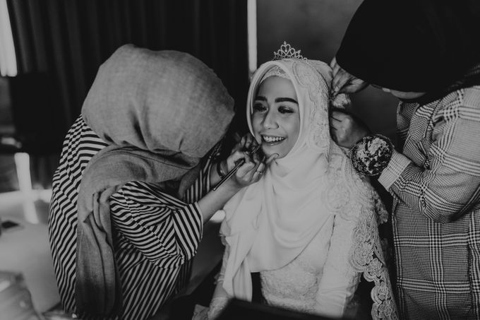 Aisyah & Aziz Wedding at Azila Villa by AKSA Creative - 013