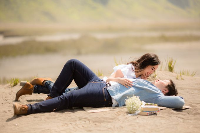 PRE - WEDDING SAMUEL & MERISA BY HENOKH WIRANEGARA by All Seasons Photo - 008