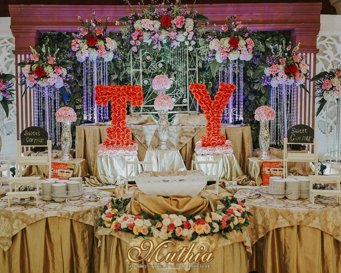 Wedding Of Tiari & Yoga by Muthia Catering - 012
